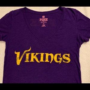 VS PINK Vikings Purple Vneck T-shirt